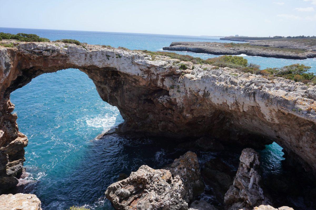 Puente Natural de Cala Varques - Monumentos naturales en Mallorca