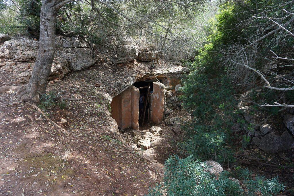 Entrada a la Cueva del Pirata