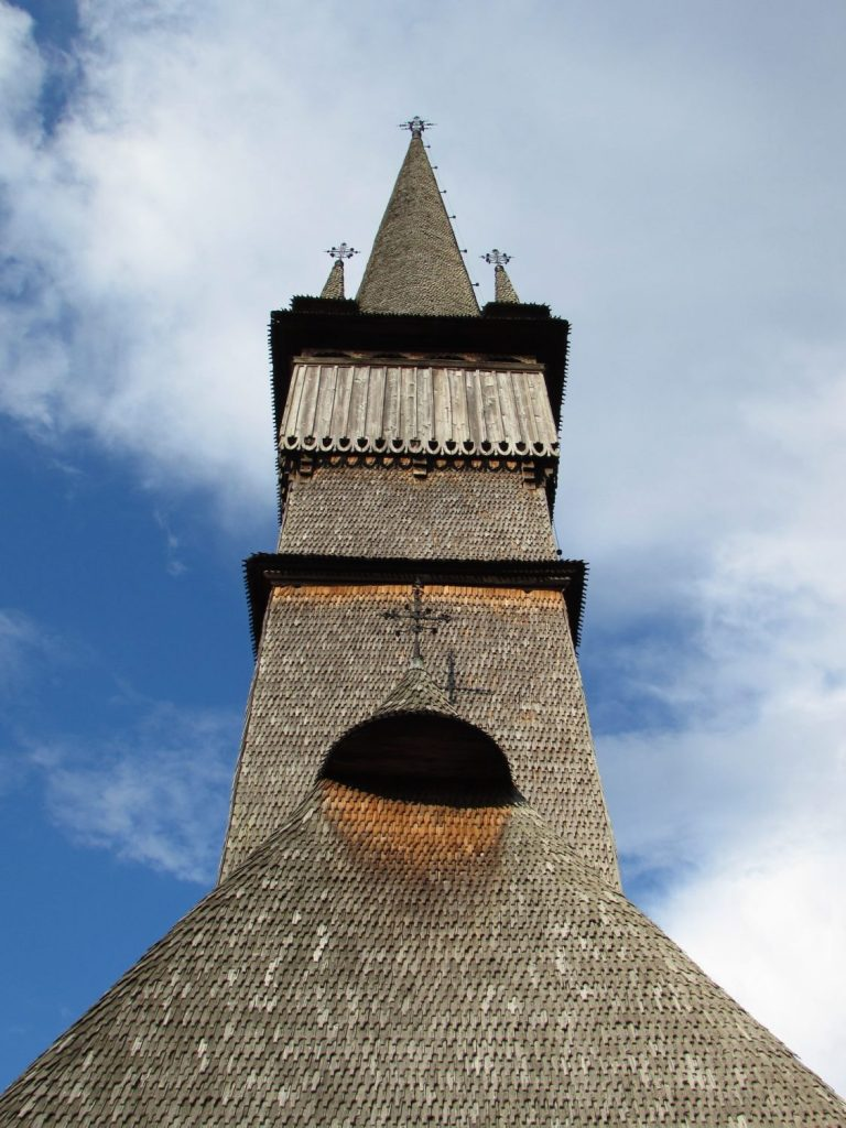 Iglesia de madera de Surdesti