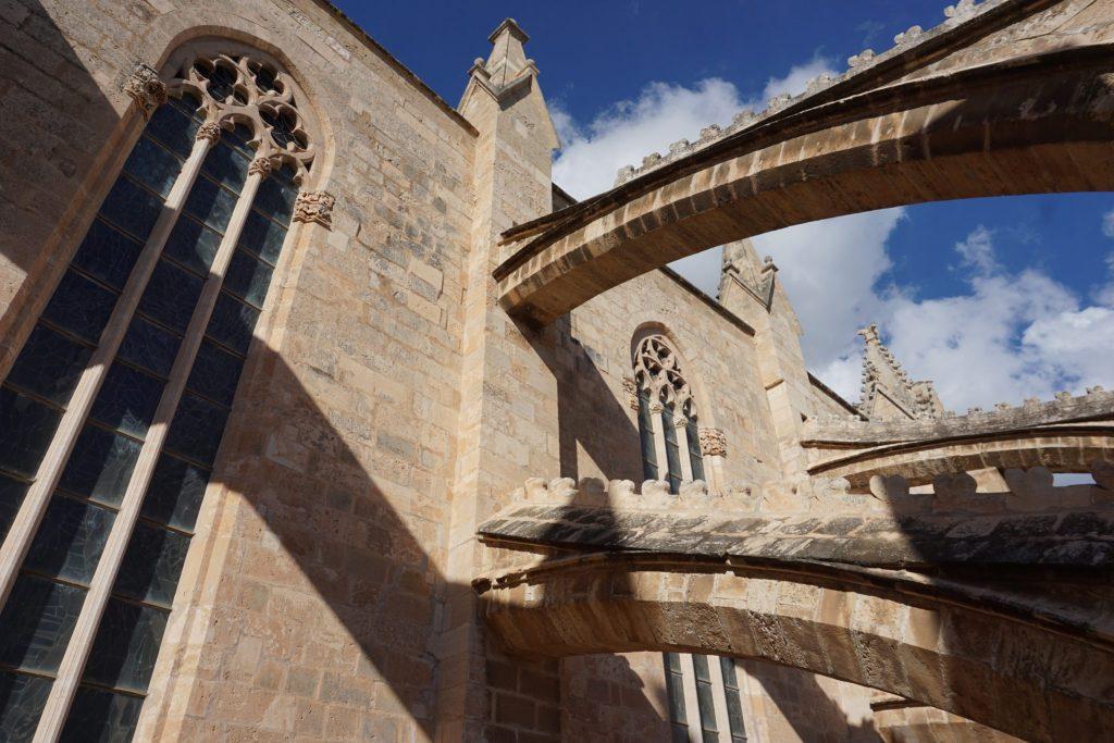 Arbotantes de la catedral de Mallorca