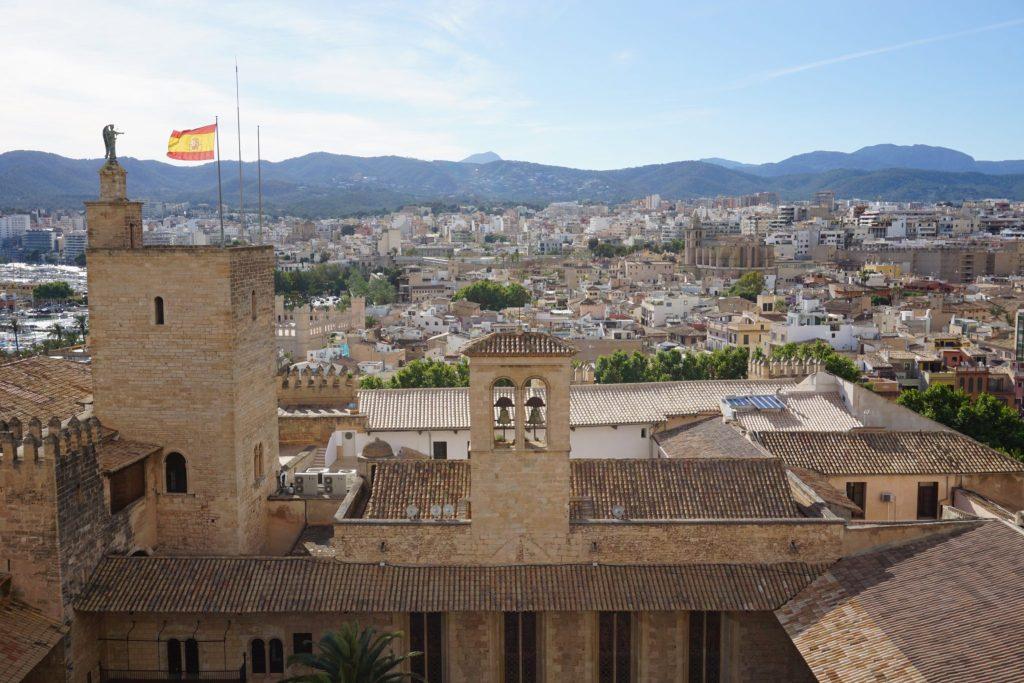 Angel de la Almudaina desde las terrazas de la catedral