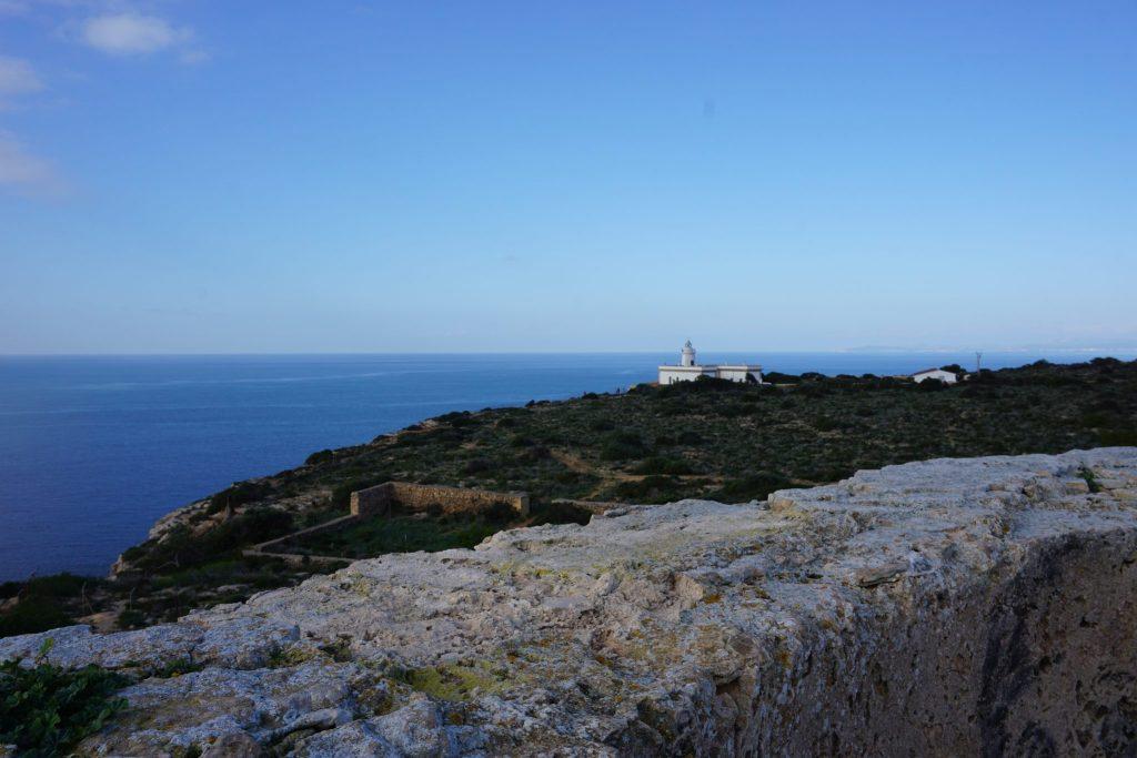 Vistas desde Torre de Cap Blanc o Cabo Blanco