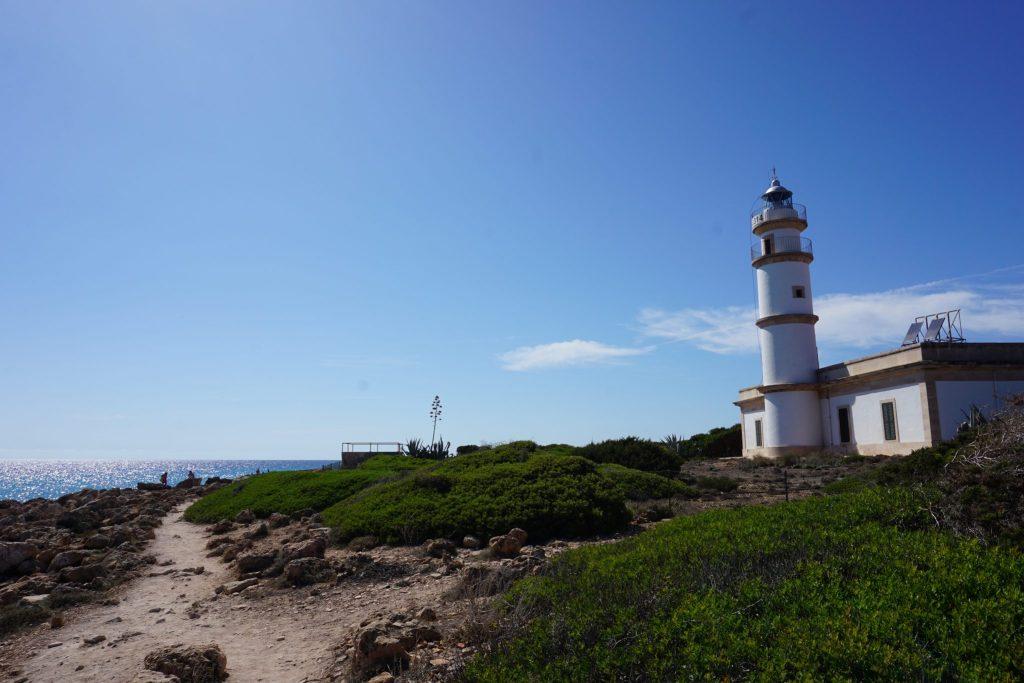 Cómo llegar a Cala Marmols desde el Faro de Ses Salines