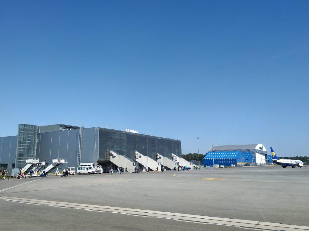Cómo ir del aeropuerto de Kaunas a Vilnius