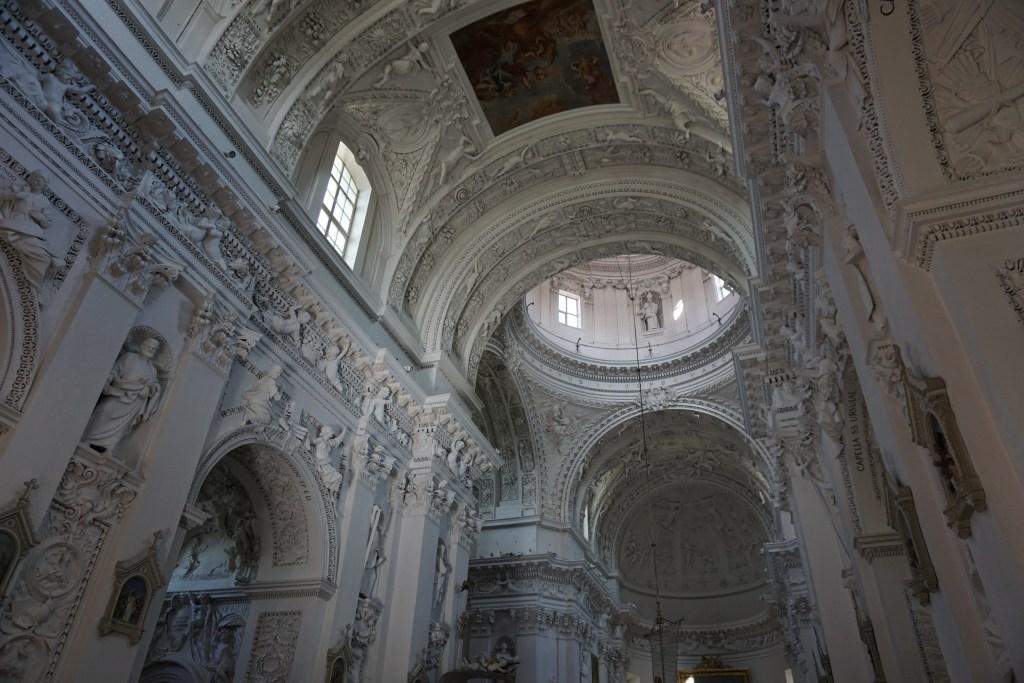 Iglesia de San Pedro y San Pablo, una de las mejores iglesias de Vilna