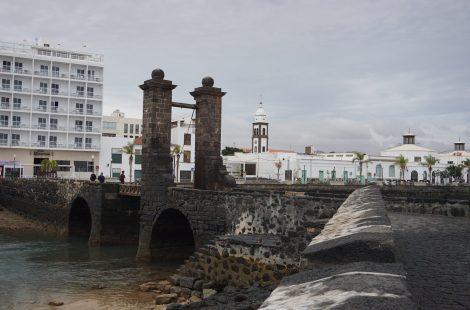 Puente de las Bolas, Arrecife