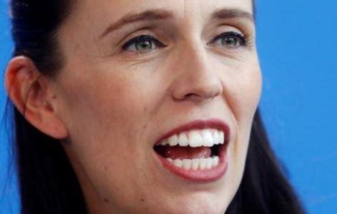 رئيسة وزراء نيوزيلندا تضع مولودها الأول