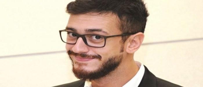 فرنسا تعيد اعتقال المطرب المغربي على ذمة قضية يُتهم فيها بالاغتصاب