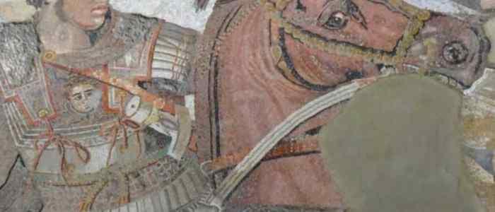 السبب الحقيقي لوفاة الإسكندر المقدوني