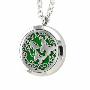 JOYMIAO Papillon Huile Essentielle Diffuseur Collier Aromathérapie Médaille Fermoir Magnétique Pendentif avec 24″ Chaîne Femme Cadeau …