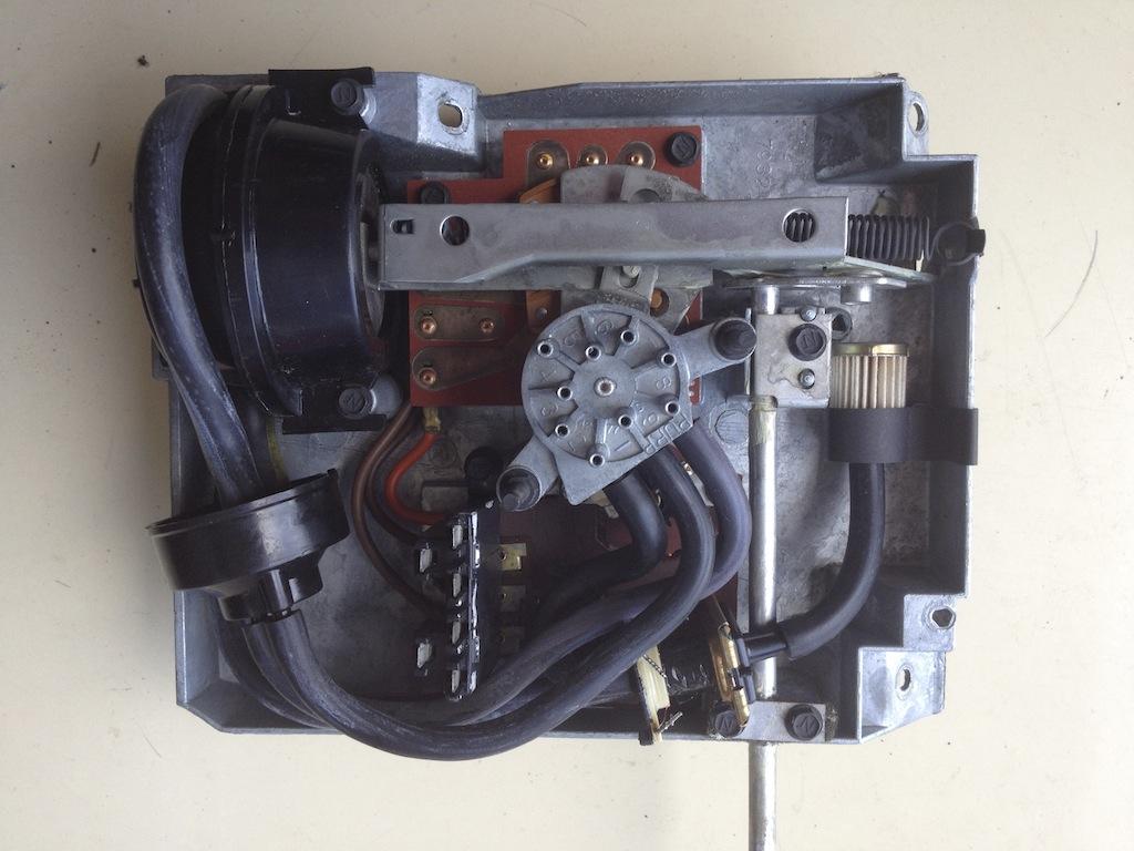 hight resolution of the 1977 1978 eldorado mk ii automatic temperature control programmer