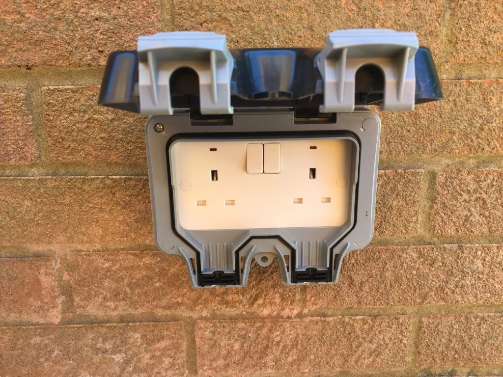 outside socket