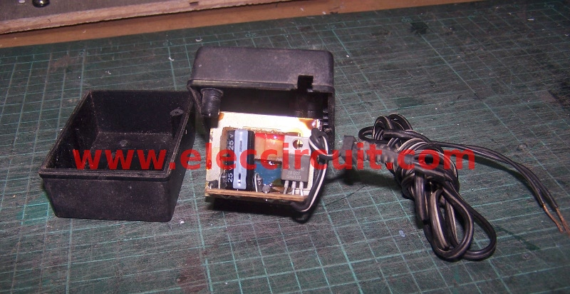 Lm317 Voltage Regulator With Digitally Selected Output