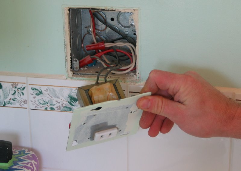 Light Switch Wiring With Gfci Outlet