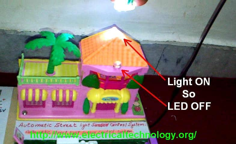 An Automatic Emergency Lamp Using Smd Leds Homemade Circuit Projects