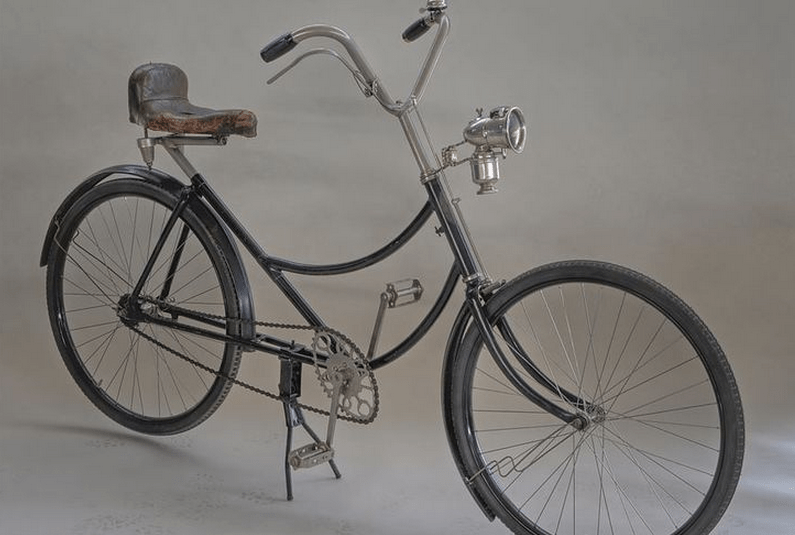 An unknown model of crank forward bicycle from Germany in 1922.