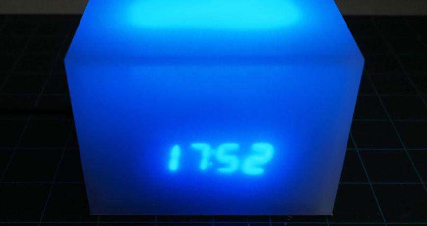 lo viejo se vuelve nuevo de nuevo con este reloj brillante 5effcecb09f82 - Electrogeek
