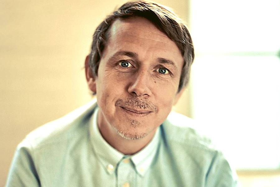 Gilles Peterson Donates Part Of His Record Collection To London Charity Shops (Video)