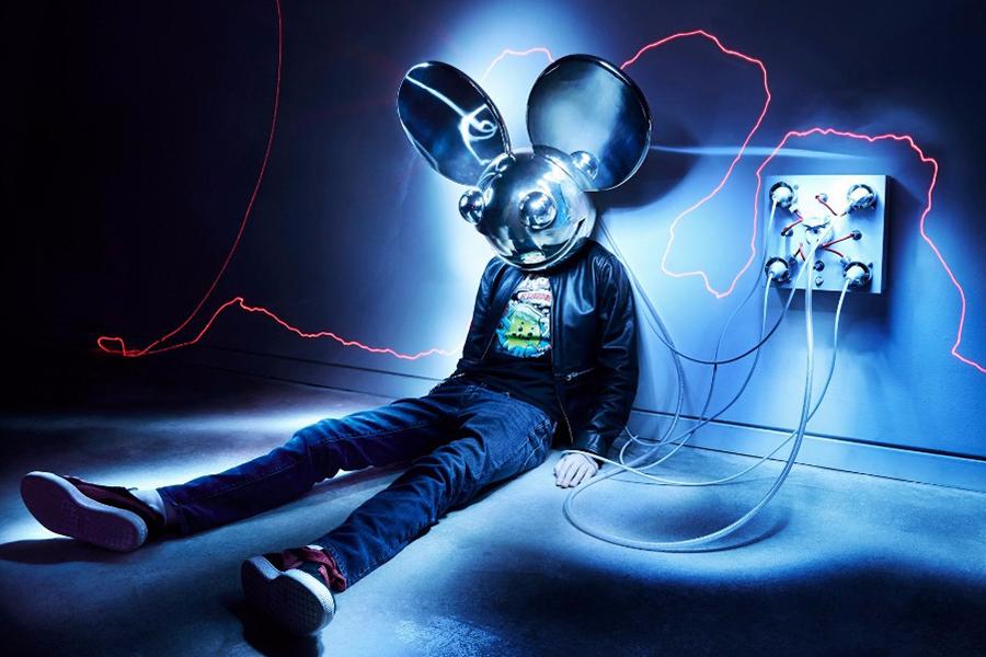Deadmau5's Home Studio Exposed (Video)