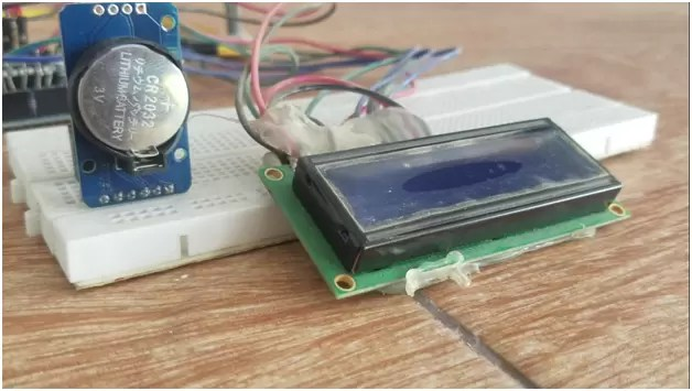 Arduino RTC DS3231 Time and Date display on a 16x2 LCD