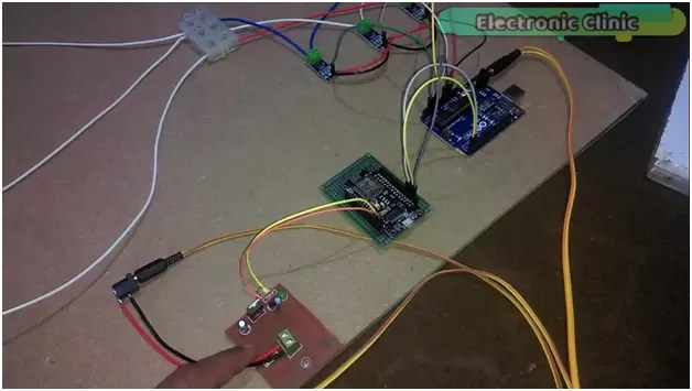 IOT 3 Phase Transformer Load monitoring using Arduino and Nodemcu