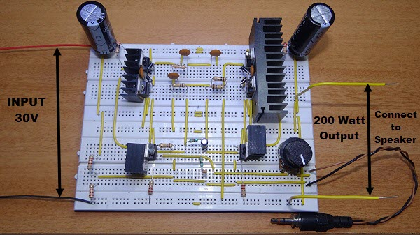 Amplifier Circuit Using An Npn Transistor A And A Pnp Transistor