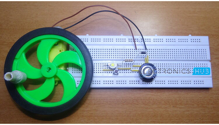 Capacitor Hand Cranked Charger Circuit Electronic Circuit Projects
