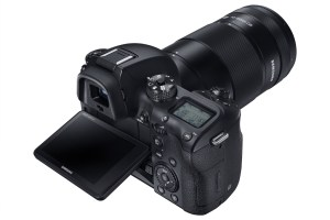NX1 with 50-150MM-2
