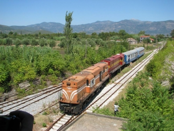 Εκδρομή με τρένο στην Πελοπόννησο