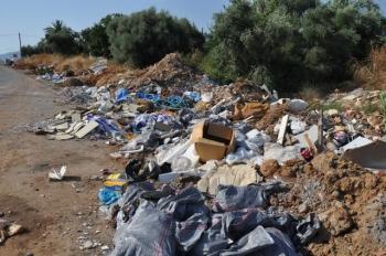 Το ΥΠΕΚΑ δείχνει Παλιοροβούνι για τα σκουπίδια