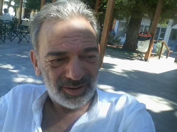"""Βακαλόπουλος: """"Οι αποζημιώσεις των αιρετών για το ρεύμα των φτωχών"""""""
