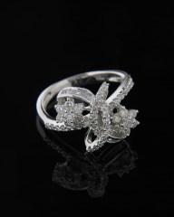 Δαχτυλίδι λουλούδια λευκόχρυσο Κ18 με Διαμάντια