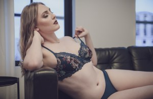 Liv Kate - B-authentique - Suite Dreams (NSFW)