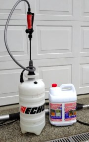 chemical clean outside house