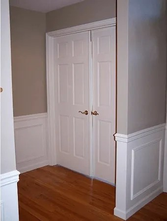 bellevue, WA paint doors