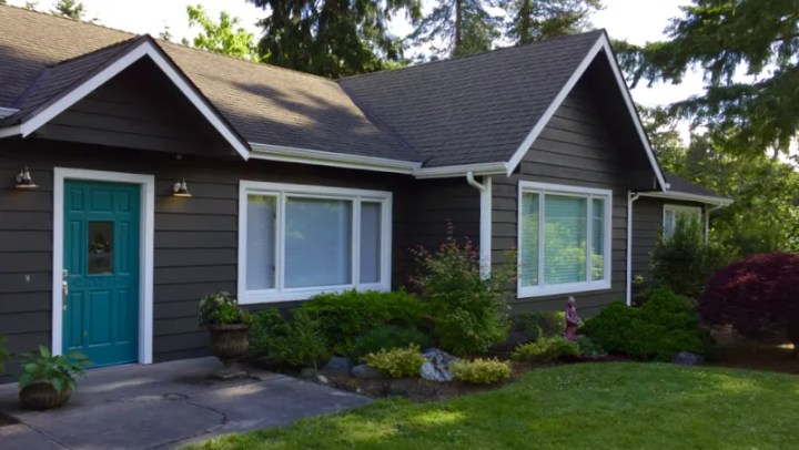 Sw6480 lagoon house painting in sammamish bellevue redmond - Sherwin williams thunder gray exterior ...