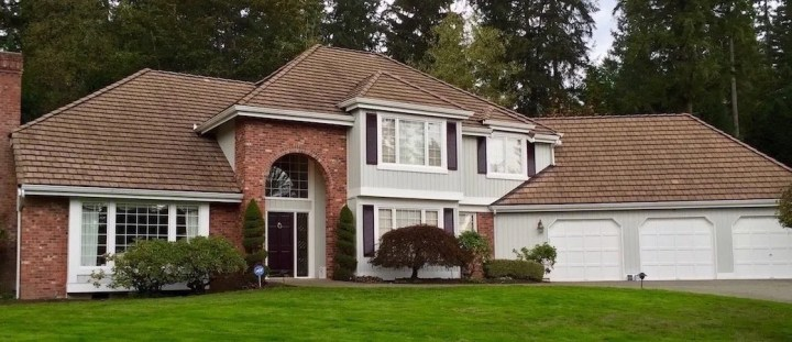 Exterior paint colors that go with red brick - Exterior house color schemes with red brick ...
