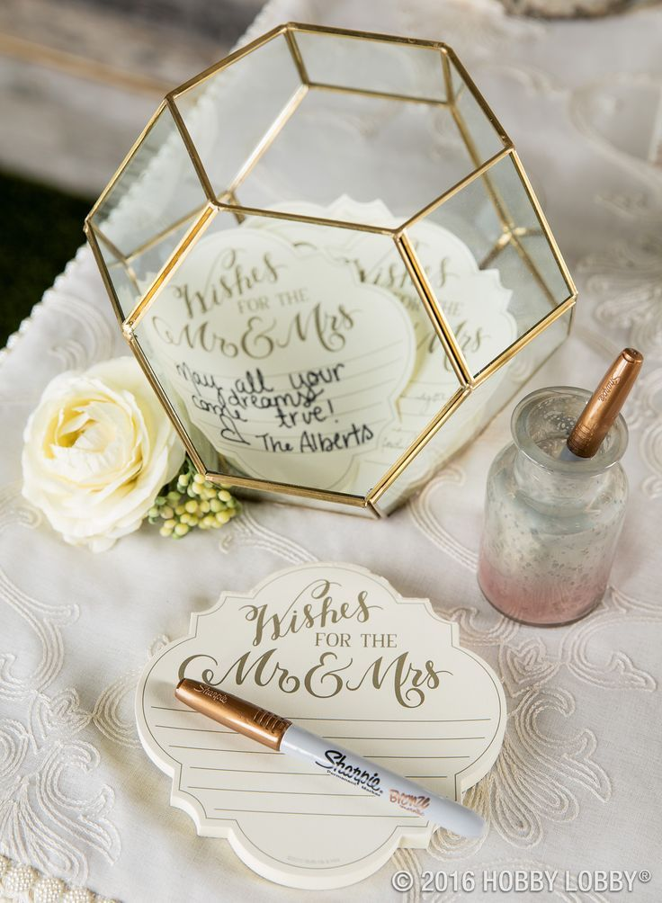 20 MustSee NonTraditional Wedding Guest Book