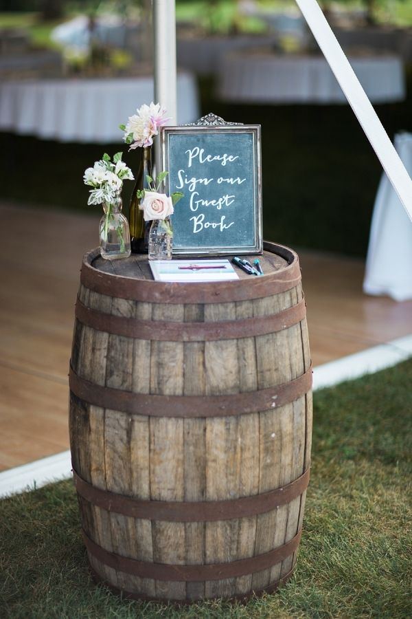 25 Sweet And Romantic Rustic Barn Wedding Decoration Ideas Elegantweddinginvites Com Blog