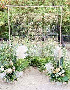 Acrylic modern wedding seating chart ideas also chic to display your  escort cards rh elegantweddinginvites