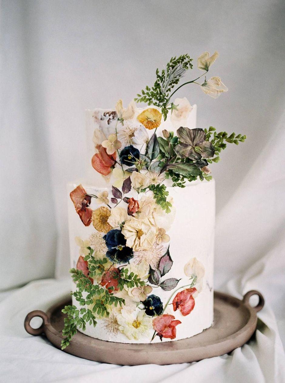 trending pressed flower 2 tier wedding cake