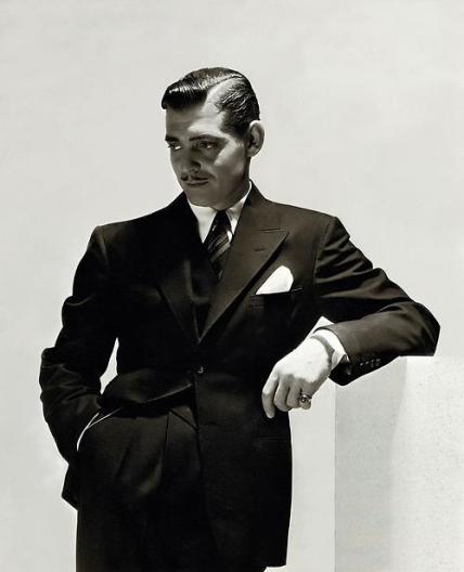 Clark Gable wear a wide peaked lapel suit