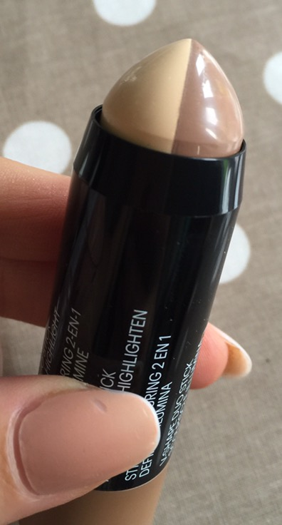maybelline master contour v shape duo stick swatch light