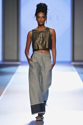 MBFWJ WAKE by Pieter Burger