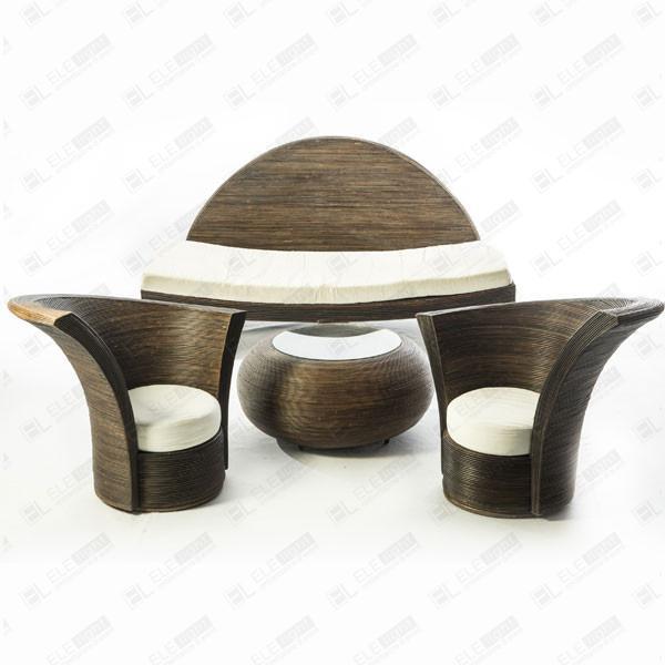 Ruggieri giuseppe 0858071471   ctr ripoli 2   fabbricazione di poltrone e divani e loro telai, in qualsiasi materiale, esclusi parti e accessori;. Set Ali Sofa Two Armchairs And A Small Table Ele Light