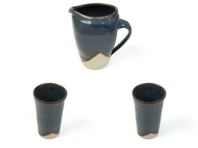 Tassen und Krüge