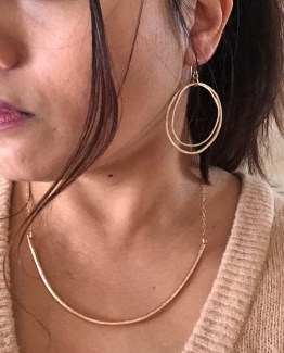 chunky collar necklace styled with the imperfectly perfect hoop earrings
