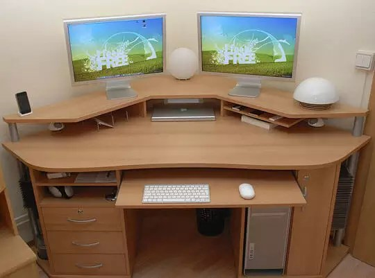 mac apple escritorio homeoffice office macbook table desk desktop