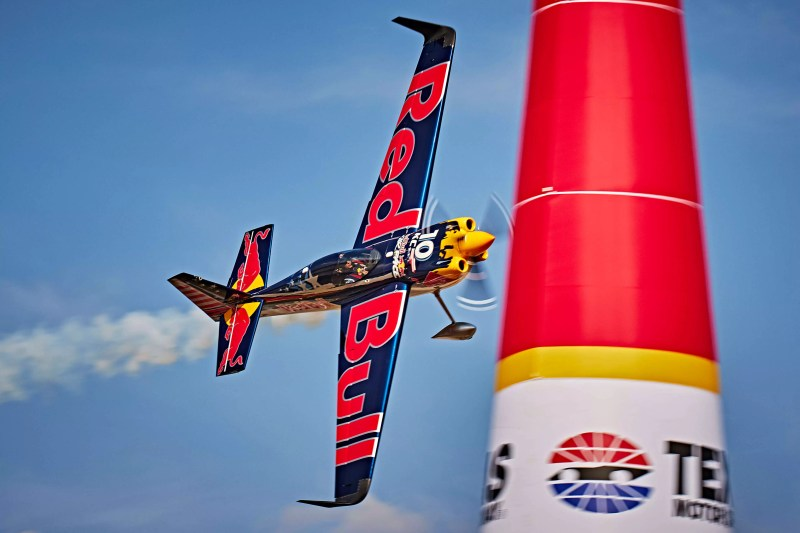 customer experience red bull air race produtos diferenciados energético