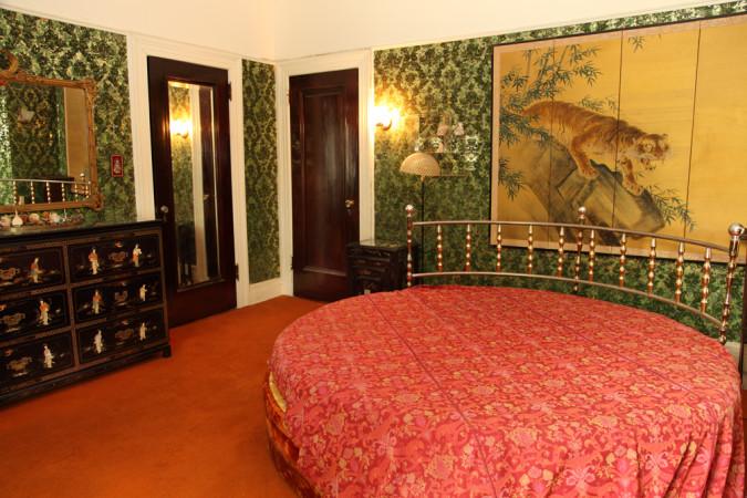 1440-Albemarle-Road-bedroom